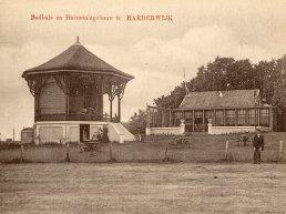 Herinner je je Harderwijk: Het Badhuis en Harmoniegebouw