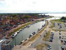 Harderwijk kiest definitief voor lokaal ondernemerschap en hoogwaardige leisure voor Dolfinariumeiland