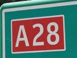 A28 bij Putten richting Zwolle afgesloten door brandende kraanwagen