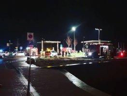 Auto te water in de haven Harderwijk