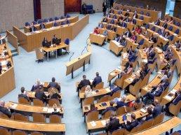 Burgers gaan op bezoek bij Tweede Kamer