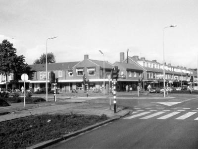 Herinner je je Harderwijk: kruispunt Deventerweg - Nassaulaan