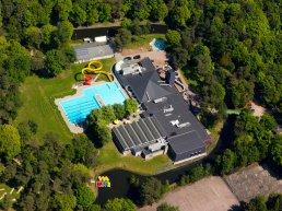 Bosbad Putten viert jubileum met groots 'zwemfeestje'