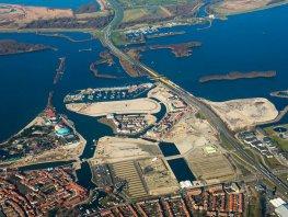 Onderzoek naar meer goedkope woningen in Waterfront
