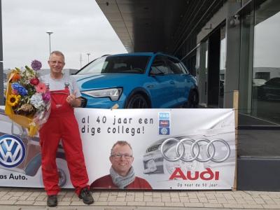 Ariaan Jansen 40 jaar in dienst bij Auto Flevo