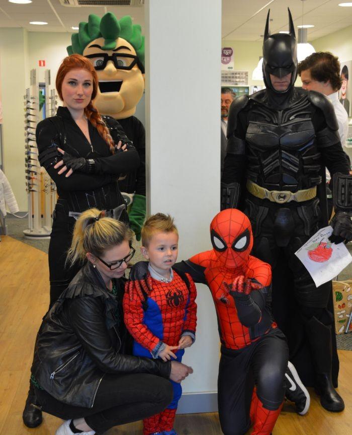 Superhelden bij Specsavers Harderwijk 1