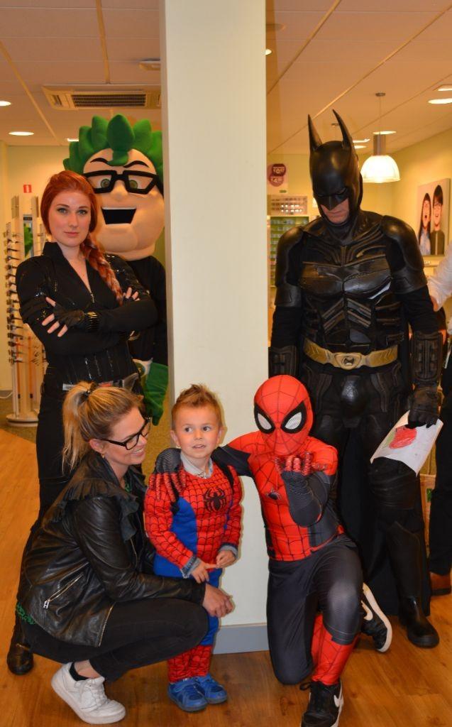 Superhelden bij Specsavers Harderwijk 2