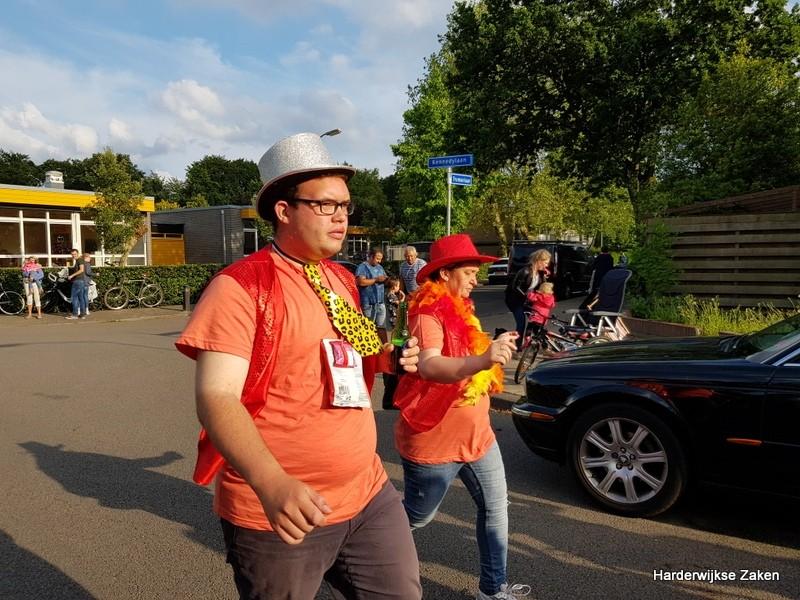 Foto's Intocht Avondvierdaagse Harderwijk 2019 1