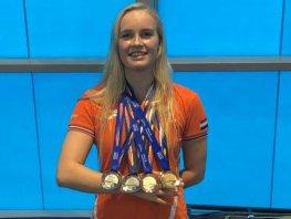 Wereld titel en medailleregen voor Lisa Kruger