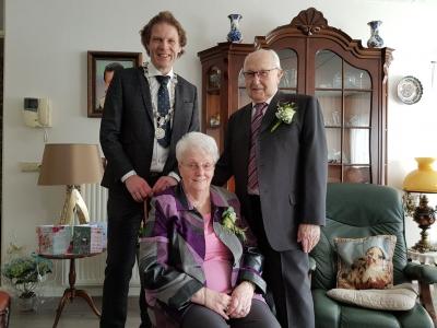 Echtpaar Boonstra en Boonstra-Zwanepol 60 jaar getrouwd