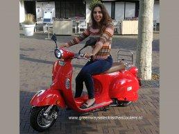 Roodbont wordt groen, start met zeer attractieve Greenways elektrische scooters en nodigt je uit!