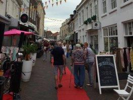 Brandonveilige winkels in binnenstad Harderwijk ontdekt: controles verscherpt