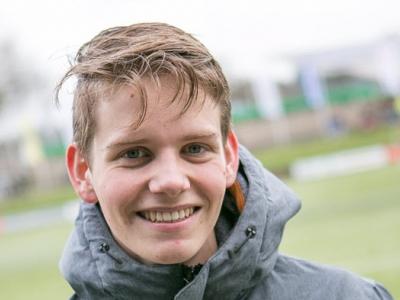 Vrijwilliger in de Schijnwerpers: Harderwijker Niels Gijsbertsen scheidsrechter jeugdwedstrijden