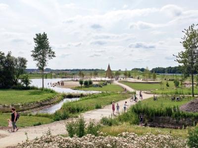 Bezoek Crescentpark zoveel mogelijk lopend of met de fiets!