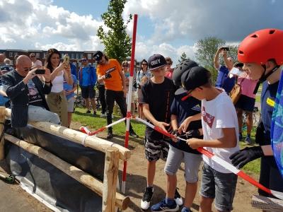 Pumptrackbaan in het Cresentpark officieel geopend