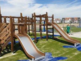 Speelveld én klimtoestellen voor Waterfront-jeugd al klaar