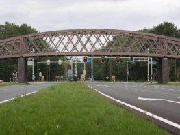 Politie Harderwijk is op zoek naar twee dames die een man hebben gereanimeerd!