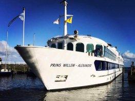 Bestel de smulbox en steun Vakantieschip Prins Willem-Alexander