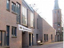 Lionsboekenmarkt boven in de oude bieb Harderwijk