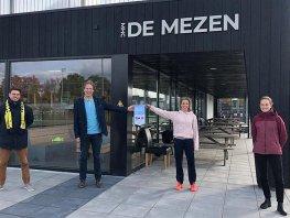 Hockeyclub de Mezen eerste gecertificeerd gezonde sportkantine in Harderwijk