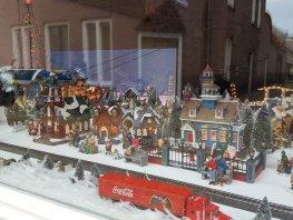Heeft iemand iets gezien? 15 huisjes van Kerstdorp in Harderwijk gestolen