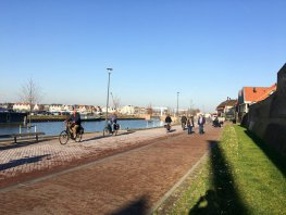 Eindelijk meer bankjes op de boulevard in Harderwijk