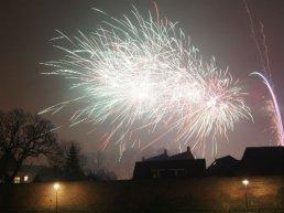 Geen vuurwerk met oud en nieuw? Dan maar alle klokken flink laten beieren om 2021 in te luiden!