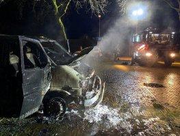 Brand in een Volkswagen bestelbus op de Struikakkers in Ermelo