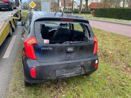 Vrachtwagen botst achterop een auto op de Oranjelaan in Harderwijk