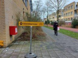 Check hier hoe druk het is bij de stembureau's in Harderwijk
