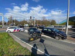 Ongeval op de Oranjelaan in Harderwijk, verkeer loopt vast