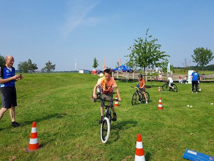 Gaaf fietsspektakel op de pumptrackbaan in Harderwijk 3
