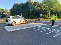 Fietser aangereden door een auto op het Drielandenpad in Harderwijk