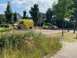 Oudere dame verliest macht over het stuur op de Krommekamp in Harderwijk