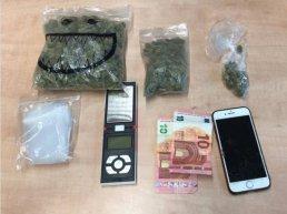 16-jarige jongen aangehouden voor in het bezit en handel van softdrugs