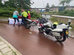 Jongen op een crossbrommer onderuit gegaan na vluchten voor de politie