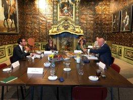 Demissionair minister Grapperhaus bezoekt burgemeester en politie Harderwijk